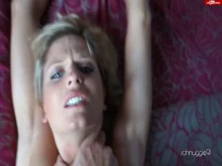 Секс с молодой девушкой - видео для возбуждения!